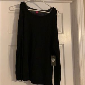 Vince Camuto Tops - Cold shoulder top